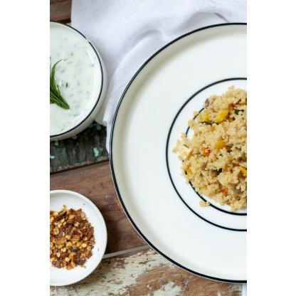 Marrokanischer Couscous Mix auf Teller von oben